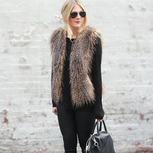 🍁VIA SPIGA Faux Fur Vest XS